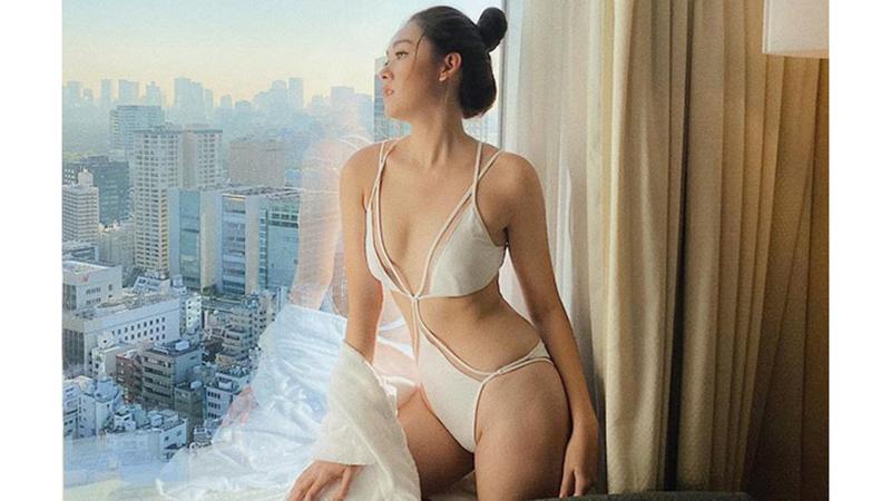 gan-den-chung-ket-a-hau-tuong-san-dien-bikini-dot-mat-khan-gia-bang-loat-anh-sieu-nong-bong