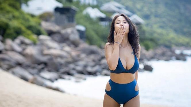 thanh-van-hugo-tha-dang-voi-bikini-vong-mot-cang-day-hut-moi-anh-nhin