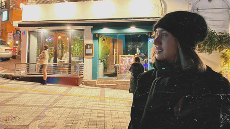 lynk-lee-khoe-anh-check-in-quan-nhau-danbam-trong-phim-tang-lop-itaewon-dang-gay-bao