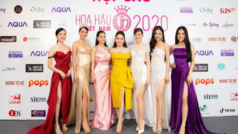 hoa-hau-doanh-nhan-xuan-huong-rang-ro-tai-buoi-hop-bao-hoa-hau-viet-nam-2020