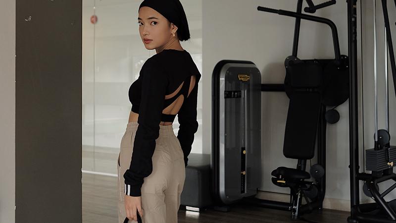 fashionista-chau-bui-chia-se-bi-quyet-xay-dung-phong-cach-athleisure